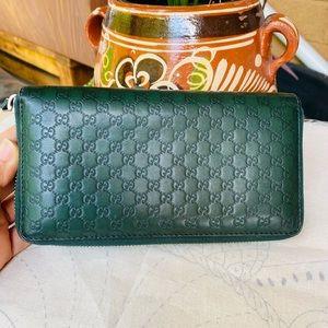 Gucci Guccissima Zip around Wallet 💚💚